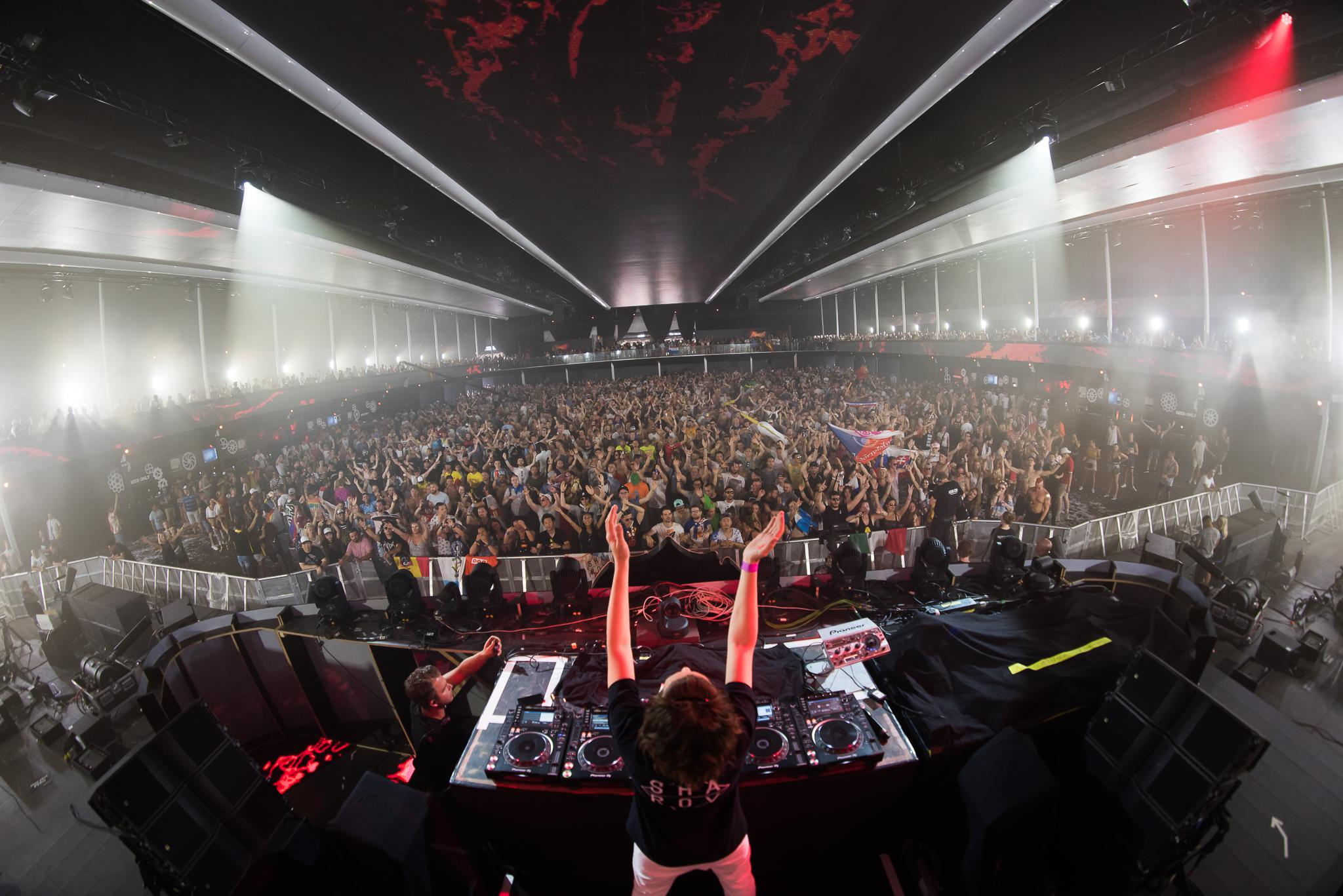 Axtone_Tomorrowland_PavelKuna_WEB155