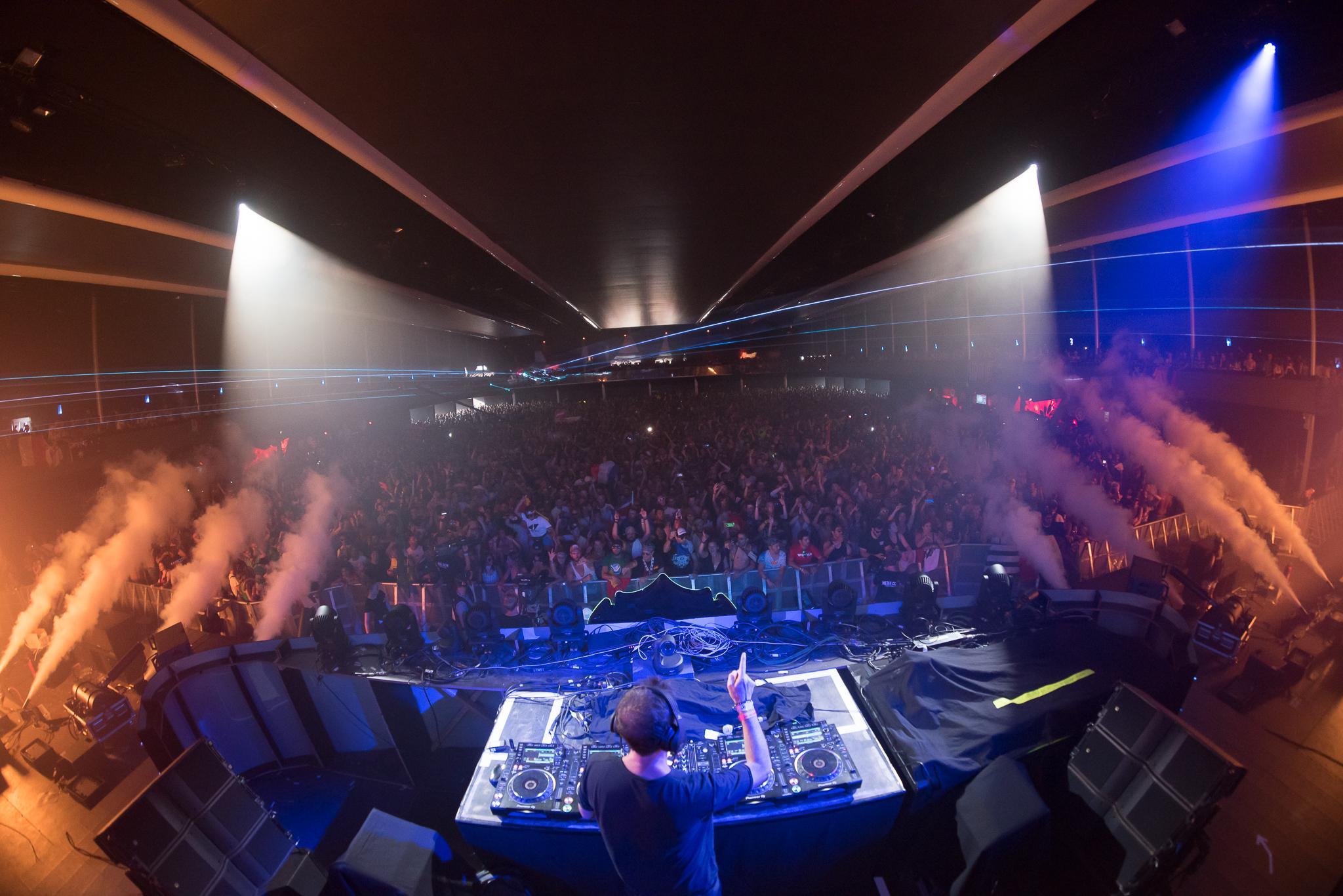 Axtone_Tomorrowland_PavelKuna_WEB172