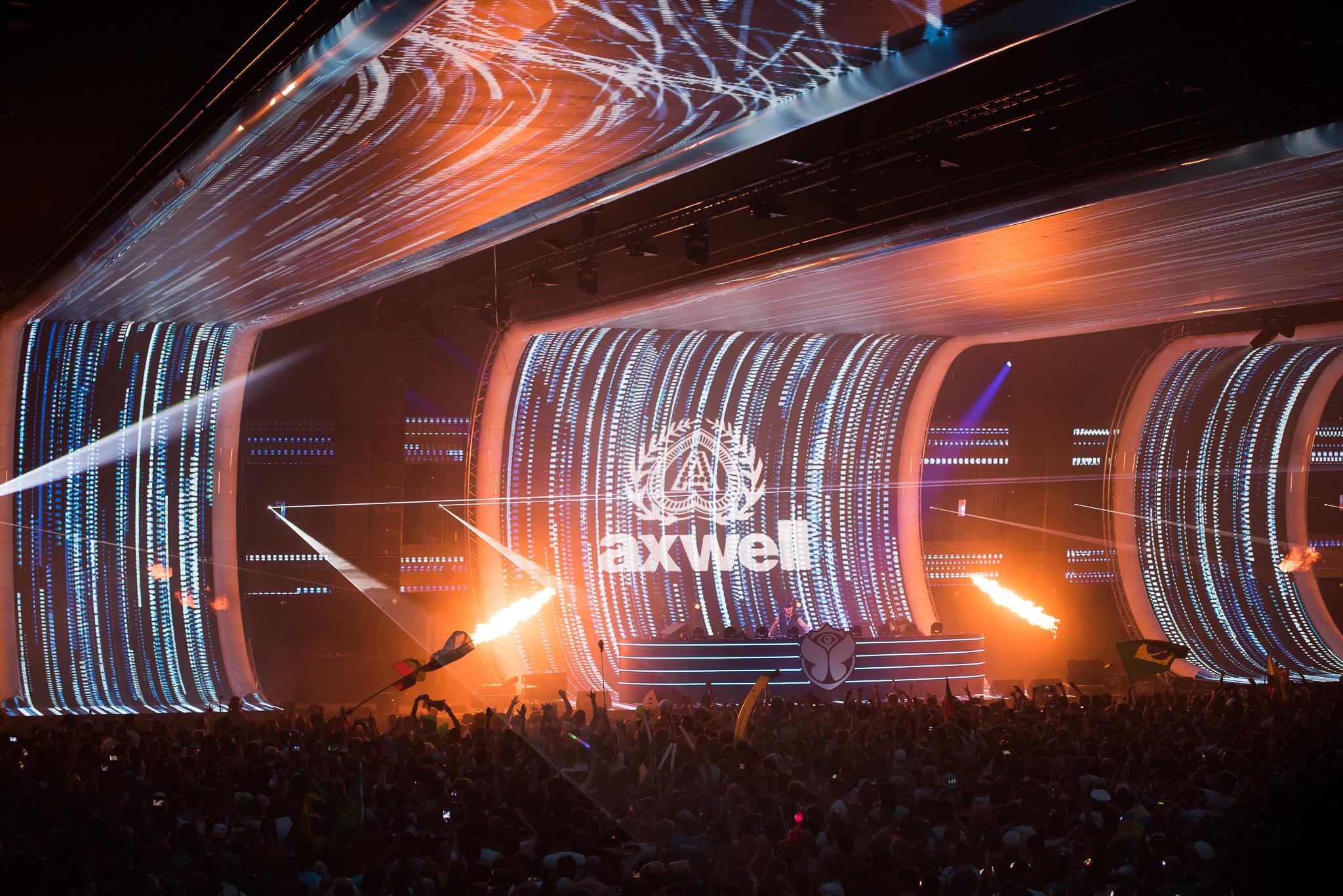 Axtone_Tomorrowland_PavelKuna_WEB193